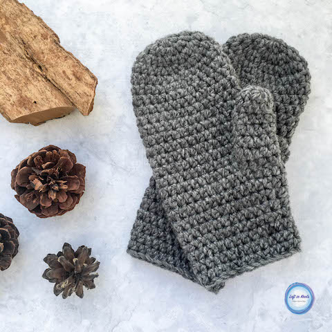This fast and free crochet mitten pattern is perfect for any men in your life! This beginner-friendly pattern works up quickly using a bulky acrylic yarn, and it is also easily adjustable in size. The Basic Bulky Men's Mittens pattern is the new free crochet pattern on my blog and a great last minute stocking stuffer!