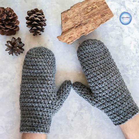 Basic Bulky Men's Mittens Crochet Pattern — Left in Knots