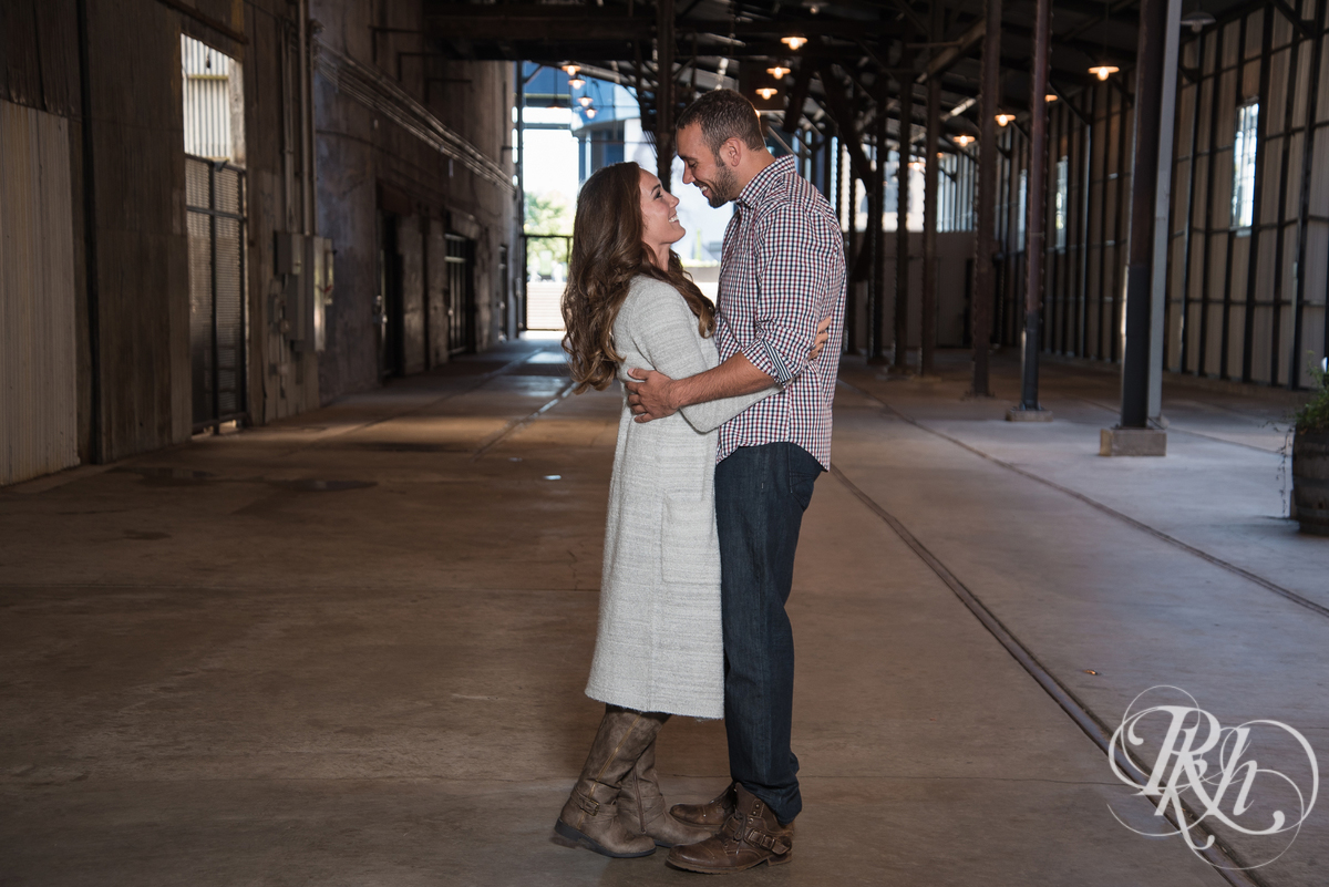 Brittany & Justin - Minneapolis Engagement Photography - Mill City Ruins -39