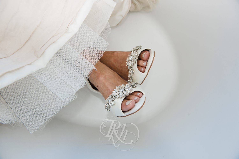 Minneapolis Wedding Photography - Becca & Justin - RKH Images-19