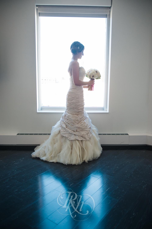 Minneapolis Wedding Photography - Becca & Justin - RKH Images-20