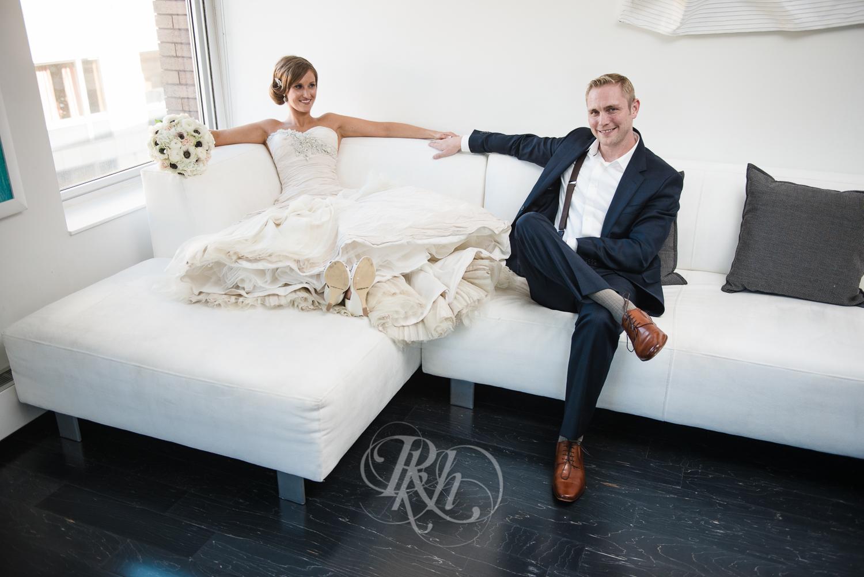 Minneapolis Wedding Photography - Becca & Justin - RKH Images-22