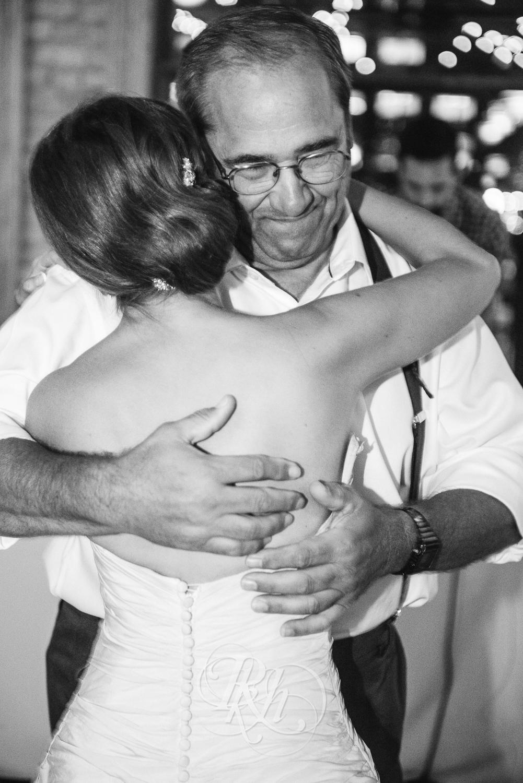 Minneapolis Wedding Photography - Becca & Justin - RKH Images-40