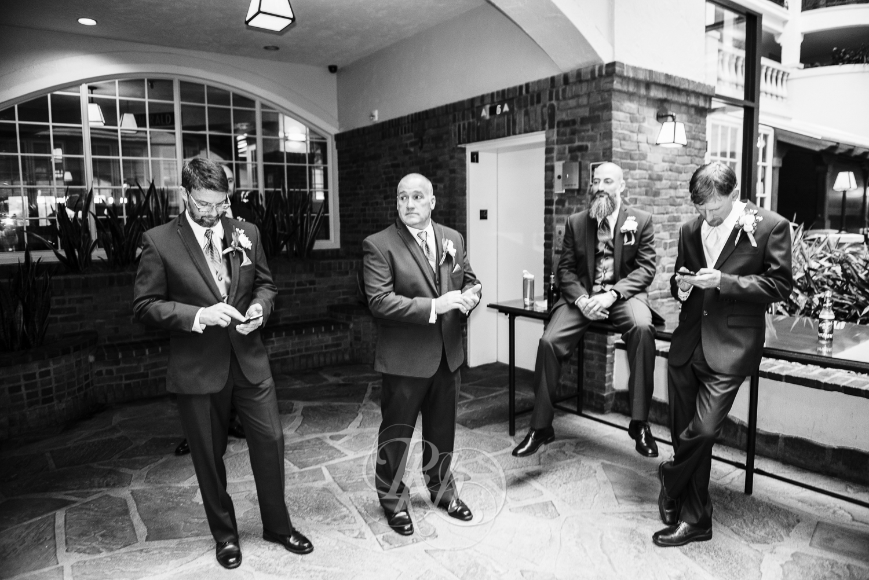 Minnesota Wedding Photography - Ashley & Justin - RKH Images-22