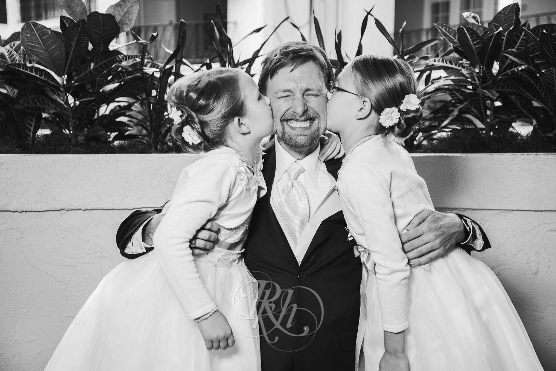Minnesota Wedding Photography - Ashley & Justin - RKH Images-26