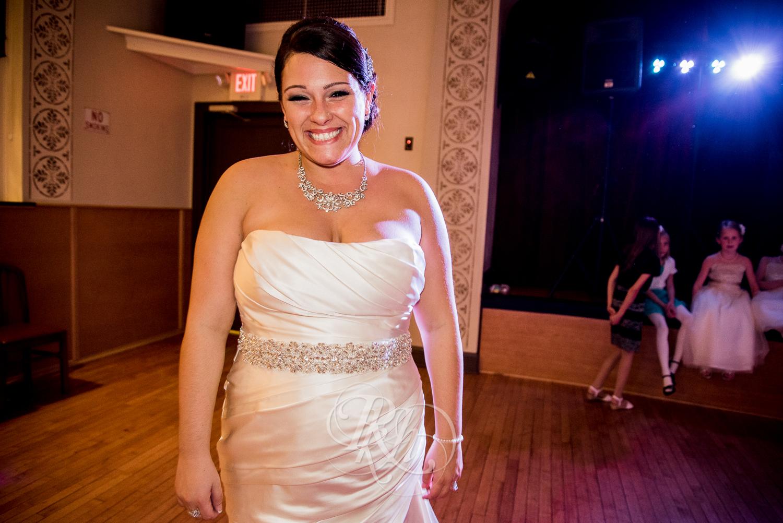 Minnesota Wedding Photography - Ashley & Justin - RKH Images-39