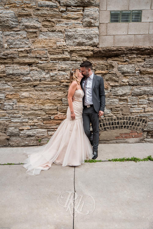 Stacey & Bryan - Minnesota Wedidng Photographer - RKH Images - Samples-14.jpg