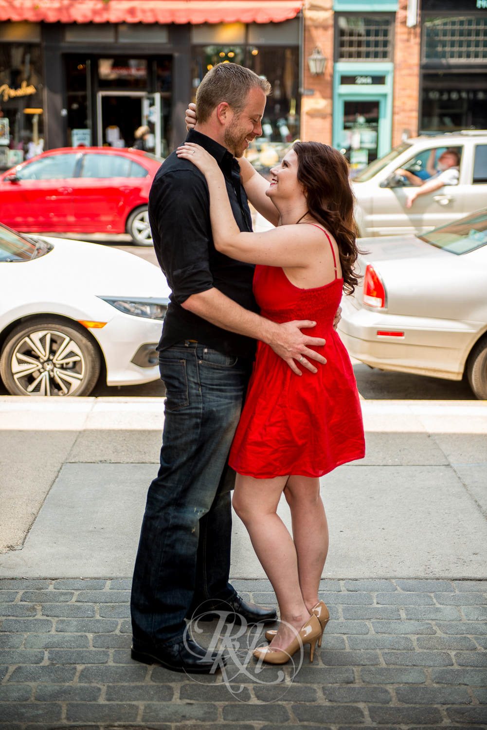 Sean & Jessica - Minnesota Engagement Photography - RKH Images-6.jpg