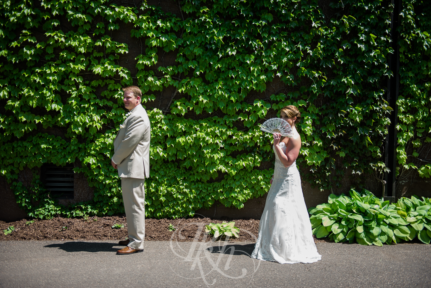 Blog - Whitney & Brent - Minnesota Wedding Photographer - RKH Images - Blog 3-1.jpg