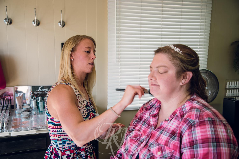 Dani & Chris - Minnesota Wedding Photographer - RKH Images - Getting Ready-8.jpg