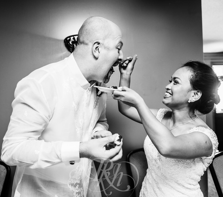 Norilyn & Luke - Minnesota Wedding Photographer - RKH Images - Reception-2.jpg