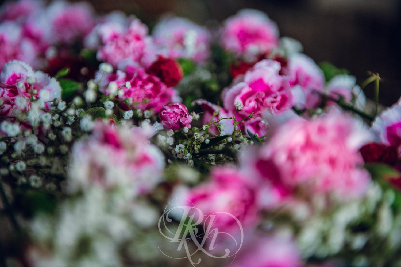 Thuy & Allen - MN Wedding Photography - Millenium Gardens -  RKH Images - Blog - Details -2.jpg