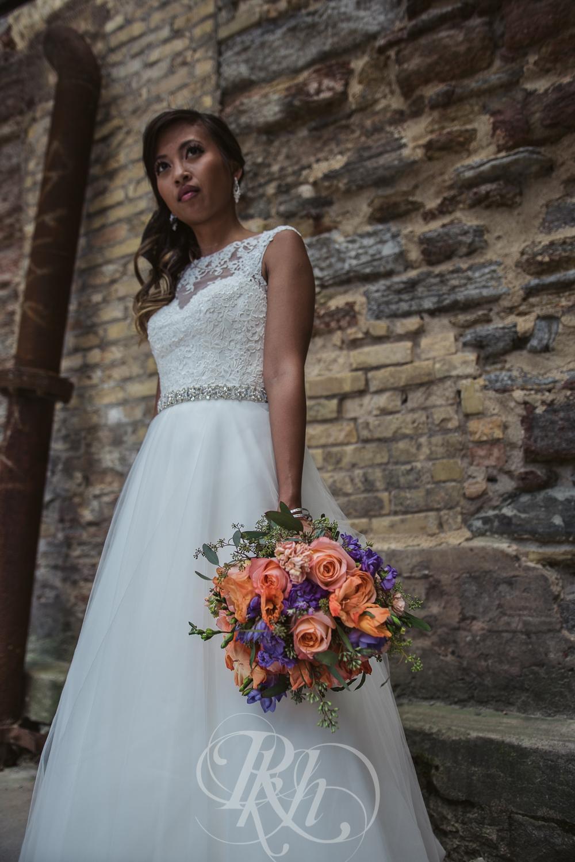 Thuy & Allen - MN Wedding Photography - Millenium Gardens -  RKH Images - Blog - Portraits -2.jpg