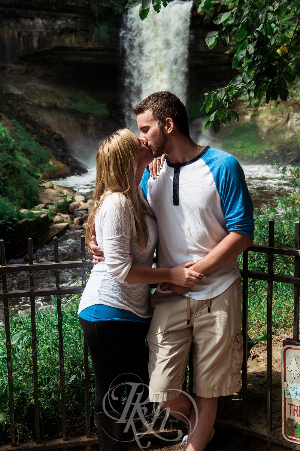 Katie & Jeff - Minnesota Engagement Photography - RKH Images -5.jpg