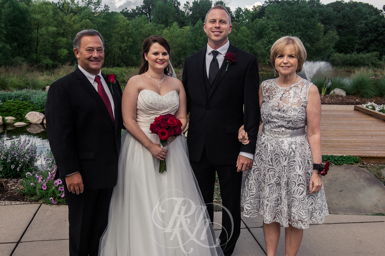 Jessie & Sean - Minnesota Wedding Photography - RKH Images - Family -3.jpg