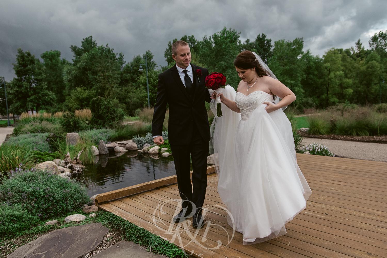 Jessie & Sean - Minnesota Wedding Photography - RKH Images - Portraits-7.jpg