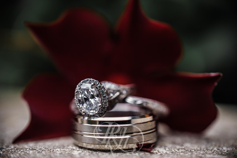 Monica & Zach - Minnesota Wedding Photography - RKH Images - Samples -2.jpg
