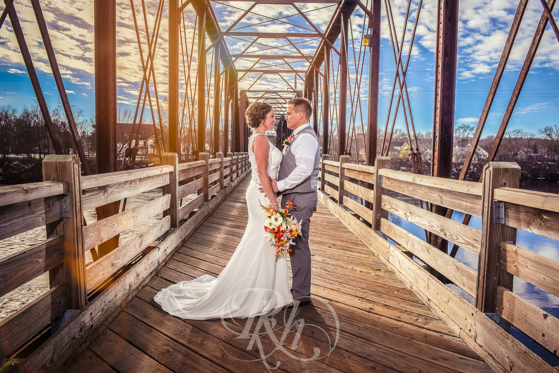 Kelsey & Kevin - Wisconsin Wedding Photography - RKH Images - Blog -4.jpg