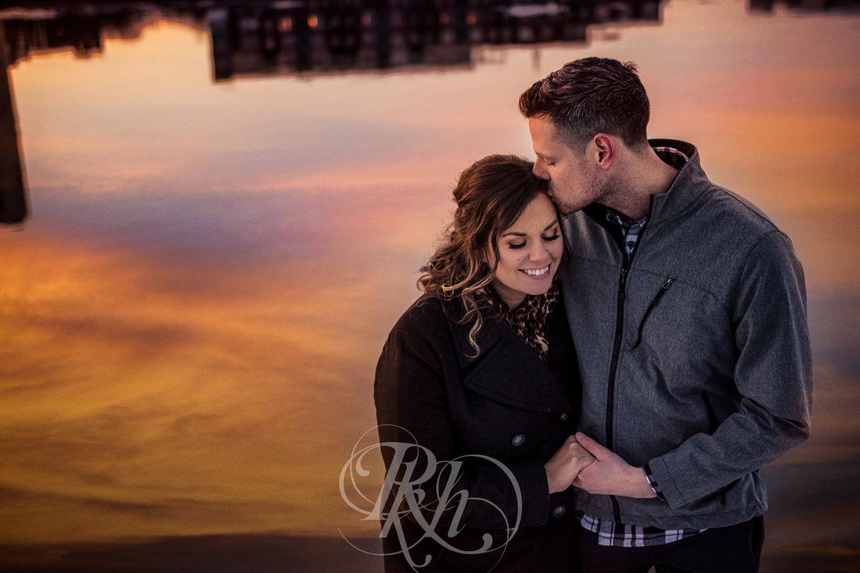 Maddie & Mike - Minnesota Engagement Photography - RKH Images - Blog -8.jpg
