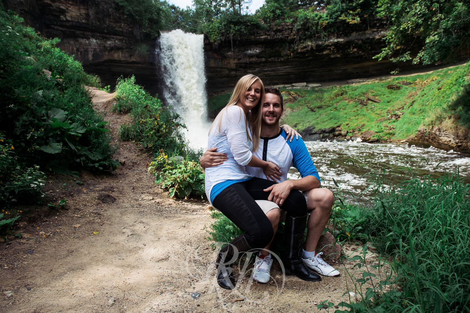 Katie & Jeff - Minnesota Engagement Photography - RKH Images -9.jpg