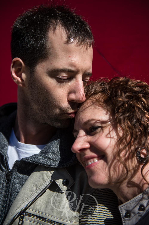 Stephanie & Sean - Minnesota Engagement Photography - RKH Images  -3.jpg
