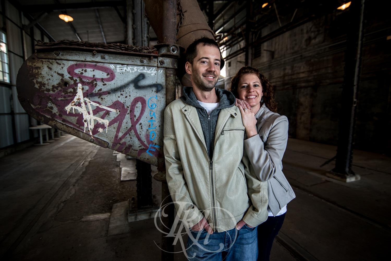 Stephanie & Sean - Minnesota Engagement Photography - RKH Images  -4.jpg