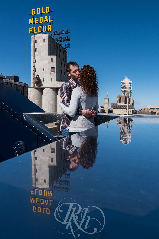 Stephanie & Sean - Minnesota Engagement Photography - RKH Images  -1.jpg
