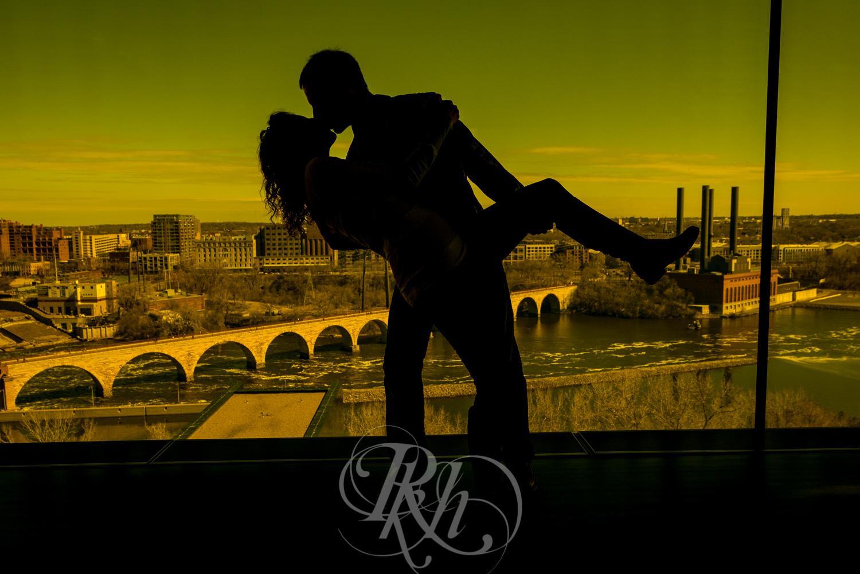 Stephanie & Sean - Minnesota Engagement Photography - RKH Images  -11.jpg