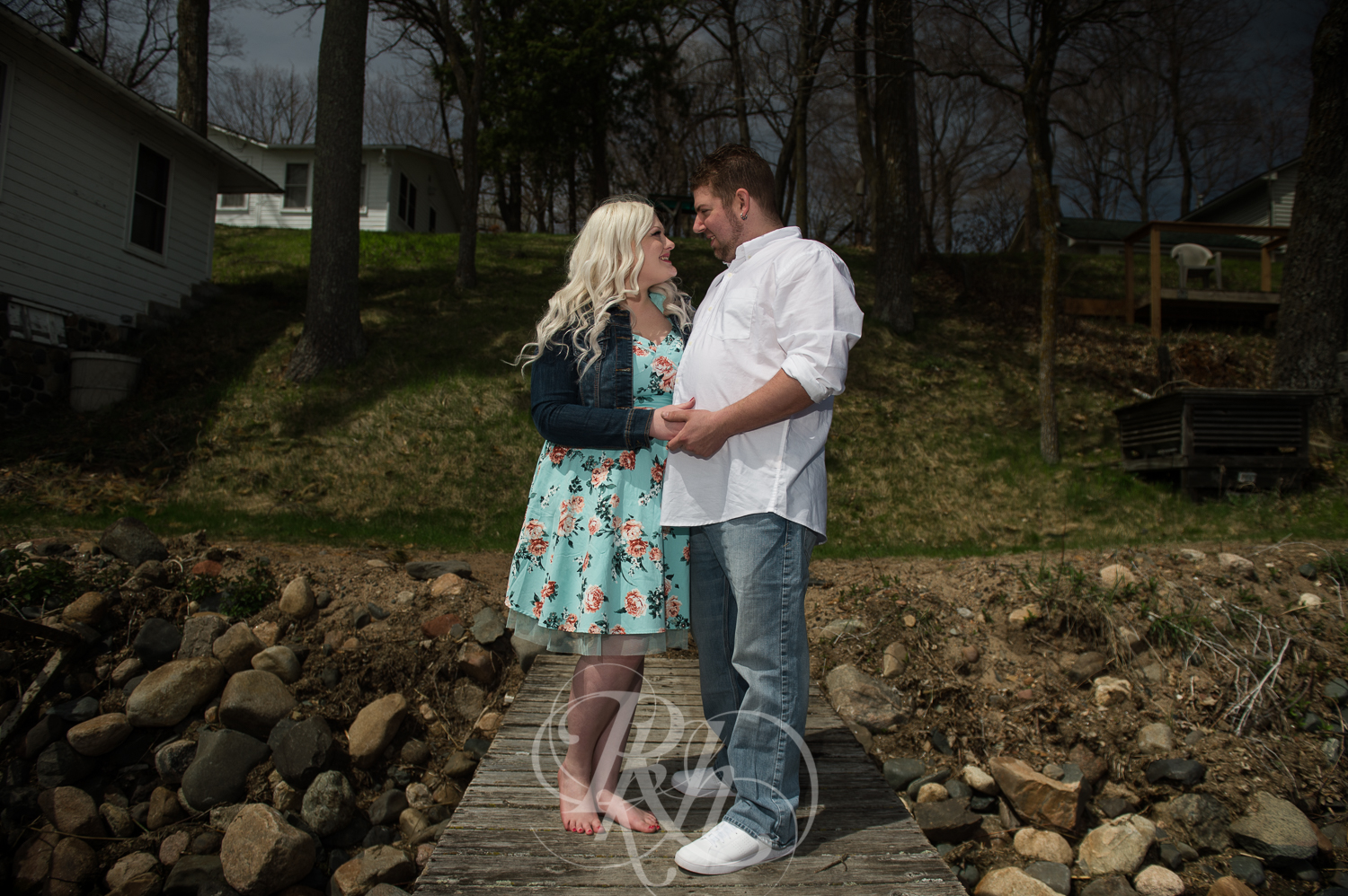 Erica & Shawn - Minnesota Engagement Photography - RKH Images -2.jpg