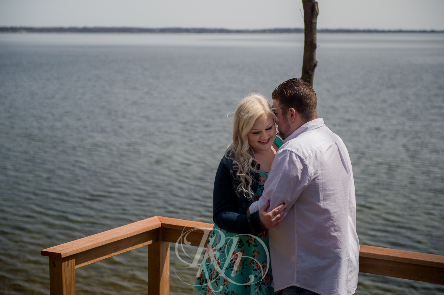Erica & Shawn - Minnesota Engagement Photography - RKH Images -3.jpg