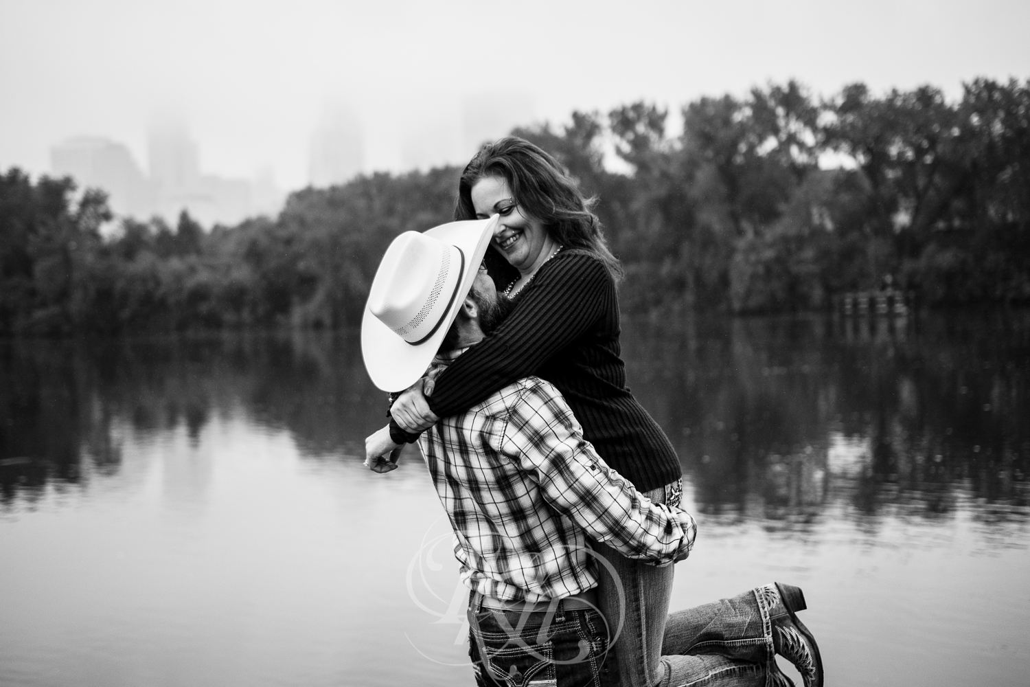 April & Brice - Minnesota Engagment Photography - Boom Island Park - RKH Images -8.jpg