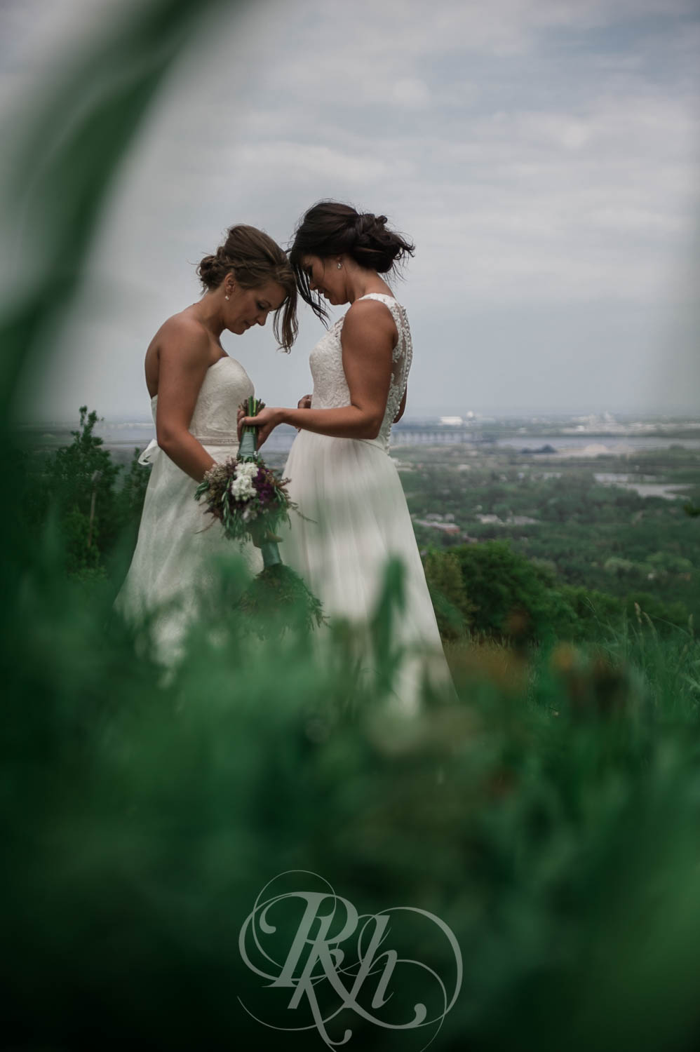 Britni & Paige - LGBT Minnesota Wedding Photography - Spirit Mountain - RKH Images  (26 of 32).jpg