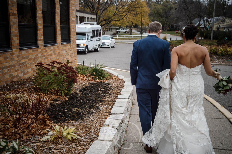 Nicole & Blake - Minnesota Wedding Photography - Minnesota Golf Club - RKH Images - Blog (16 of 44).jpg