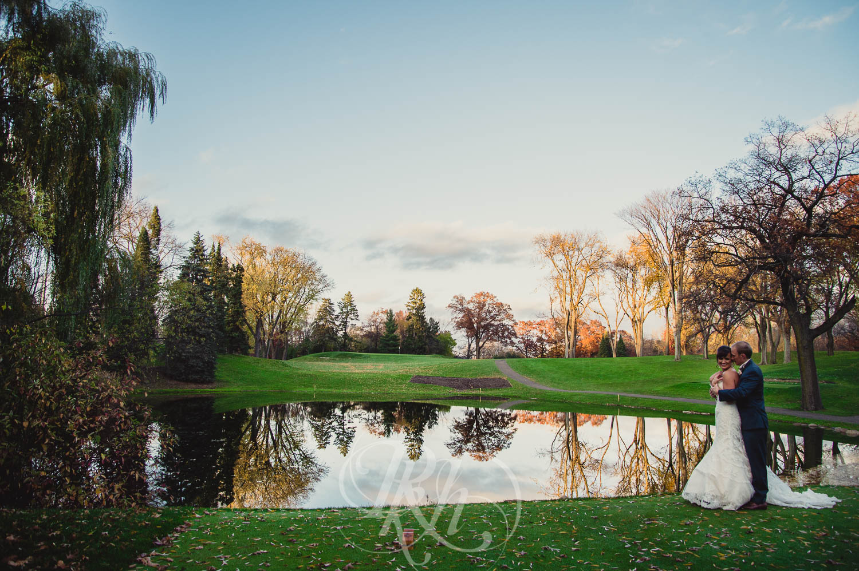 Nicole & Blake - Minnesota Wedding Photography - Minnesota Golf Club - RKH Images - Blog (28 of 44).jpg