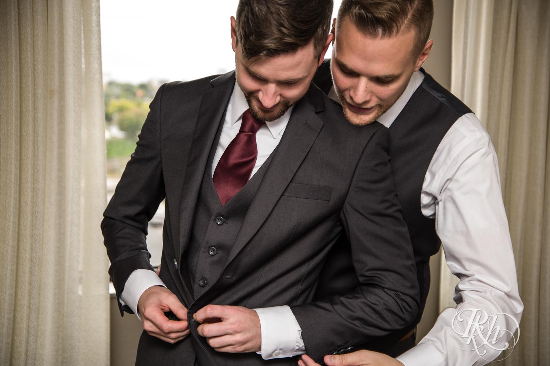 Michael & Darren - Minnesota LGBT Wedding Photography - Courtyard by Marriott Minneapolis - RKH Images - Blog (24 of 67).jpg