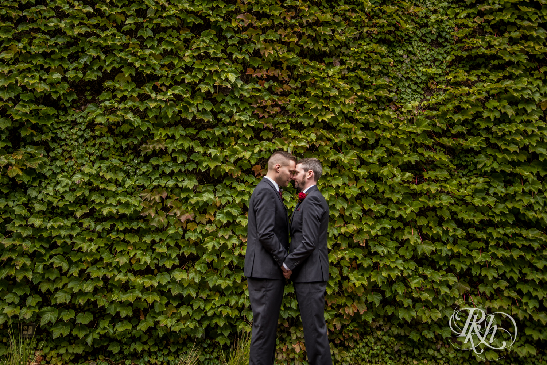 Michael & Darren - Minnesota LGBT Wedding Photography - Courtyard by Marriott Minneapolis - RKH Images - Blog (34 of 67).jpg