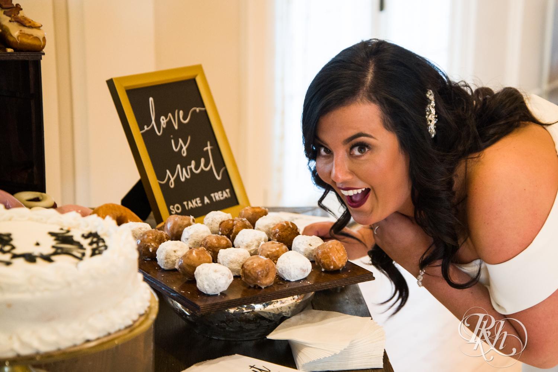 Yana & Brian - Minnesota Wedding Photography - Lafayette Club - RKH Images - Blog (47 of 63).jpg