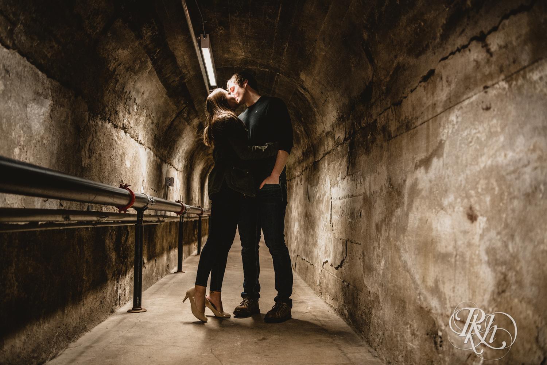 Makayla & Drew - Minnesota Winter Engagement Photography - St. Paul - RKH Images - Blog (9 of 18).jpg