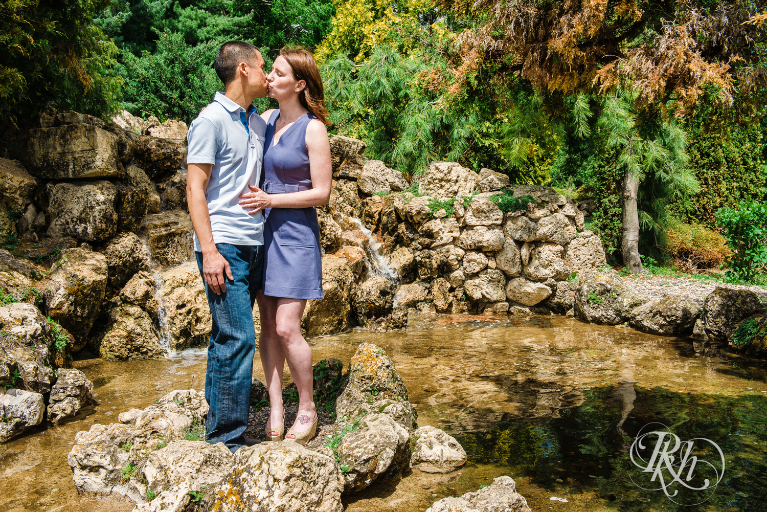 Tess and Eric - Lyndale Rose Garden - Minnesota Engagement Photography - RKH Images  (5 of 12).jpg