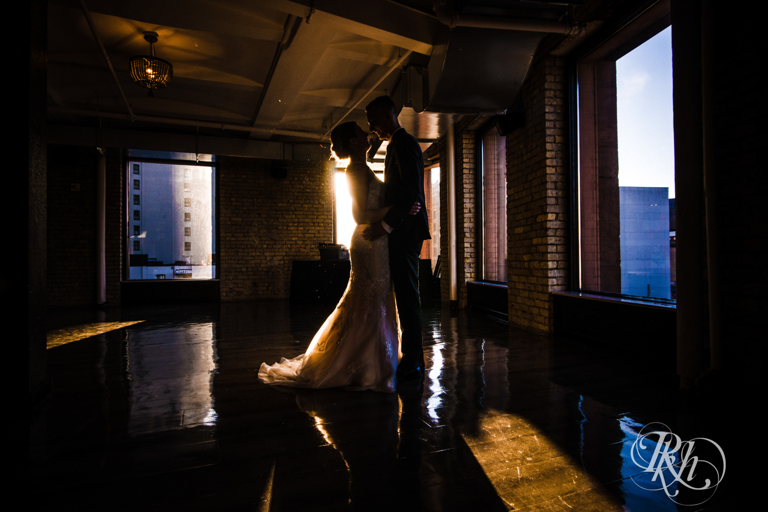 Jillian & Jared - Minnesota Wedding Photography - Lumber Exchange Event Center - RKH Images - Blog (38 of 87).jpg