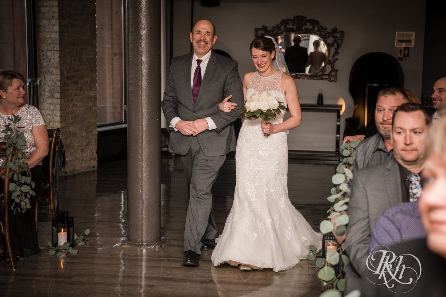 Jillian & Jared - Minnesota Wedding Photography - Lumber Exchange Event Center - RKH Images - Blog (40 of 87).jpg