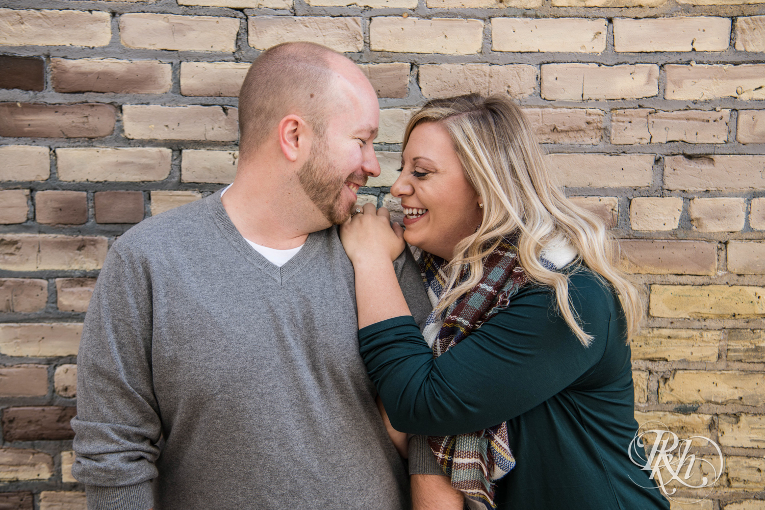 Shannon & Brian - Minnesota Engagement Photography - Loring Park - RKH Images - Blog  (1 of 16).jpg