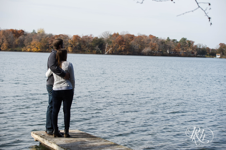 Amanda & Drew - Minnesota Engagement Photography - RKH Images - Blog  (7 of 16).jpg