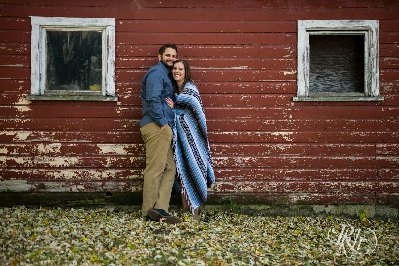 Amanda & Drew - Minnesota Engagement Photography - RKH Images - Blog  (15 of 16).jpg