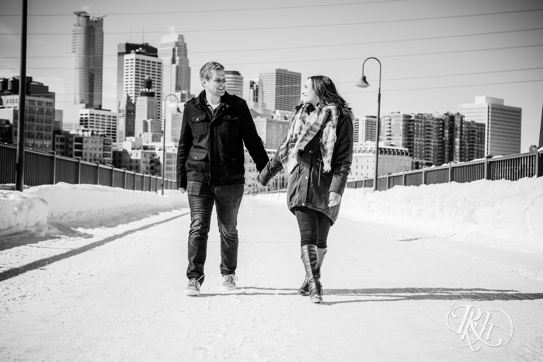 Theresa & Zak - Minnesota Engagement Photography - Saint Anthony Main - RKH Images - Blog (5 of 13).jpg