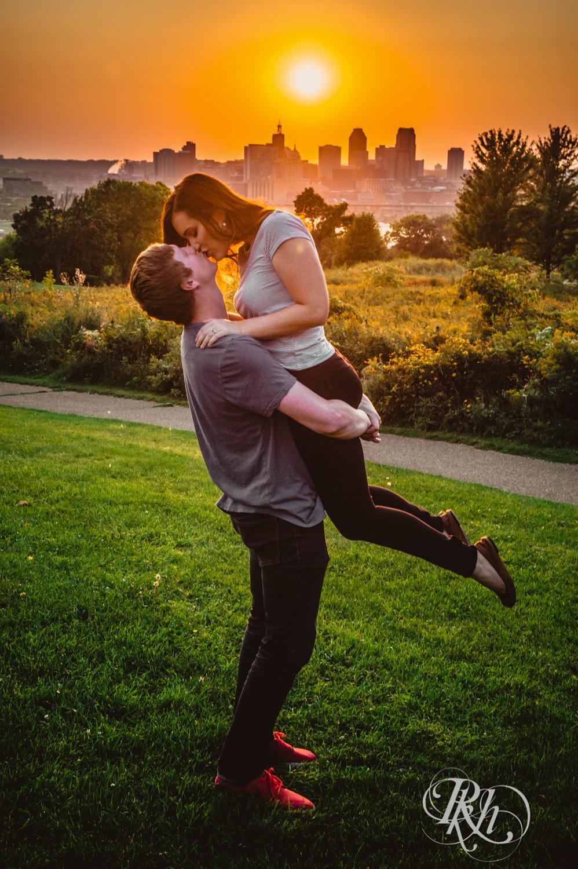 John and Kayla - Minnesota Sunset Engagement Photograpy - Minnesota Wedding Photographer - Indian Mounds Park - RKH Images  (9 of 13).jpg