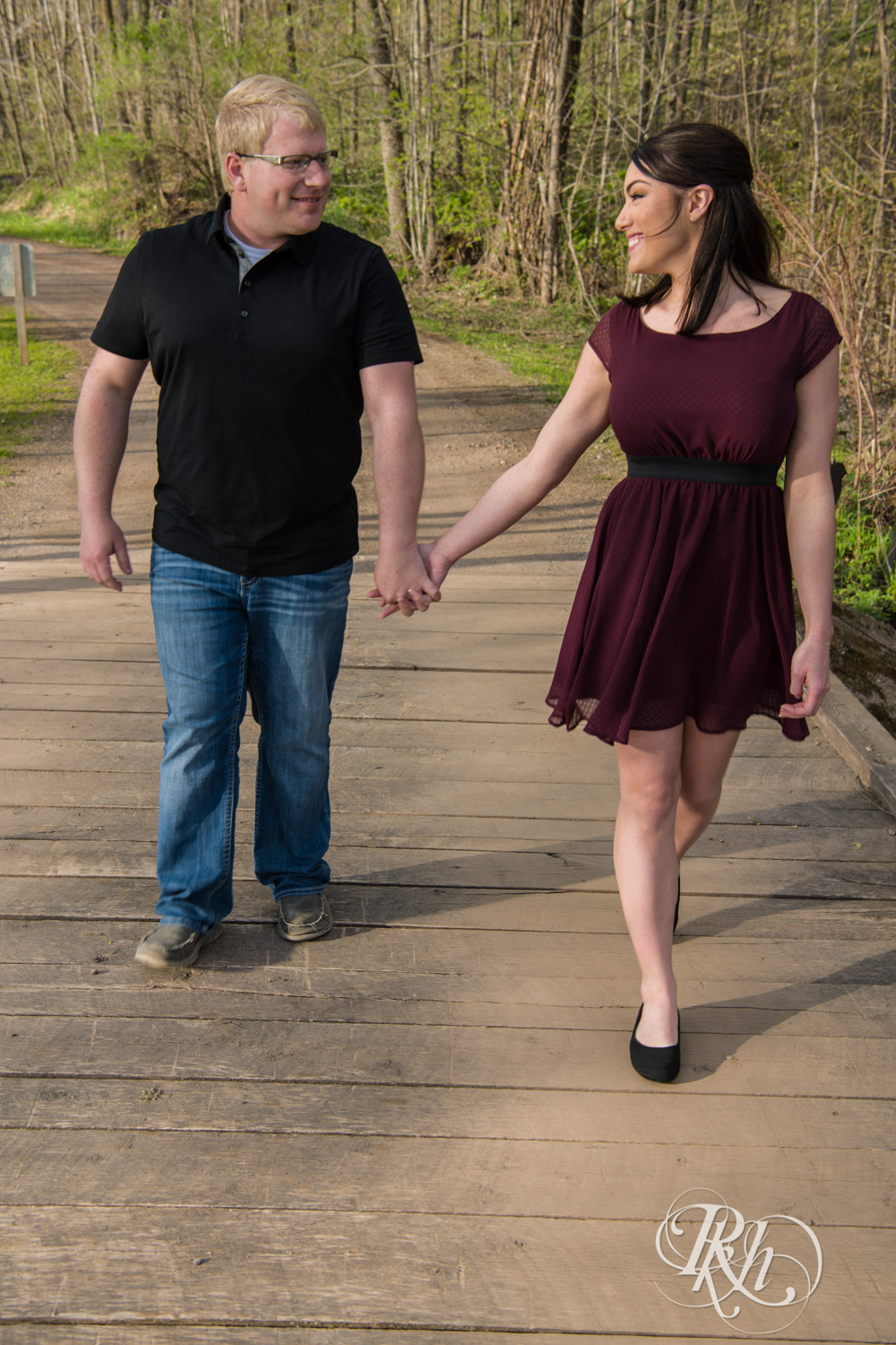 Chelsey & Erik - Minnesota Engagement Photography - Creekside Farm and Events - Rush City - RKH Images  (4 of 18).jpg