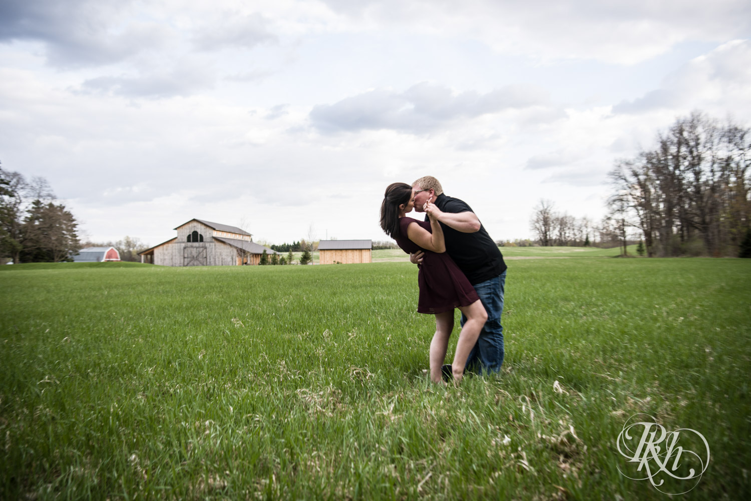 Chelsey & Erik - Minnesota Engagement Photography - Creekside Farm and Events - Rush City - RKH Images  (12 of 18).jpg