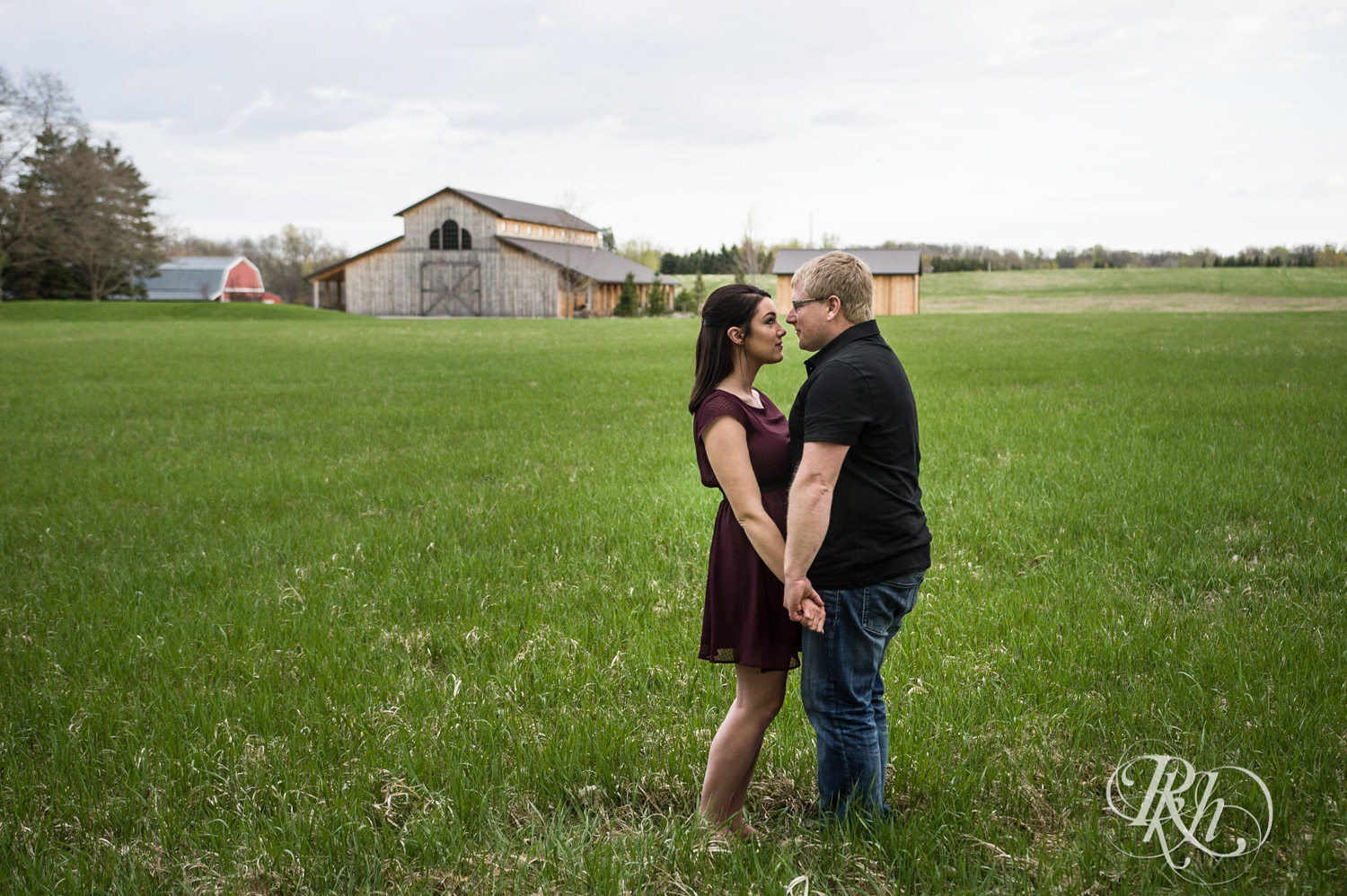 Chelsey & Erik - Minnesota Engagement Photography - Creekside Farm and Events - Rush City - RKH Images  (14 of 18).jpg