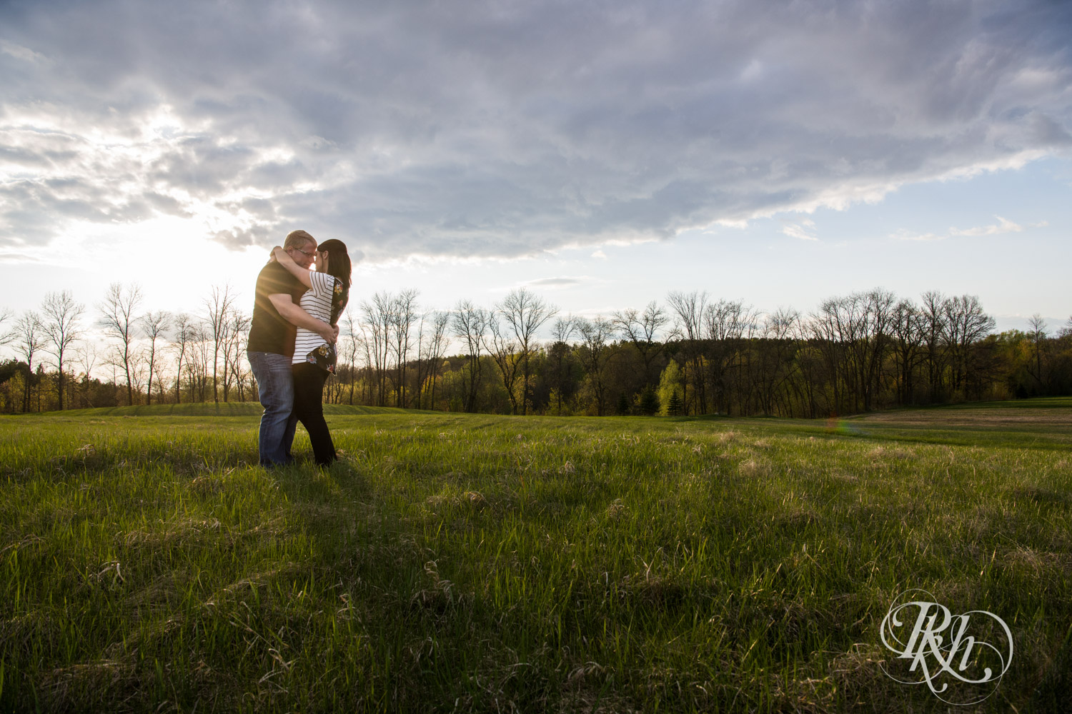 Chelsey & Erik - Minnesota Engagement Photography - Creekside Farm and Events - Rush City - RKH Images  (17 of 18).jpg